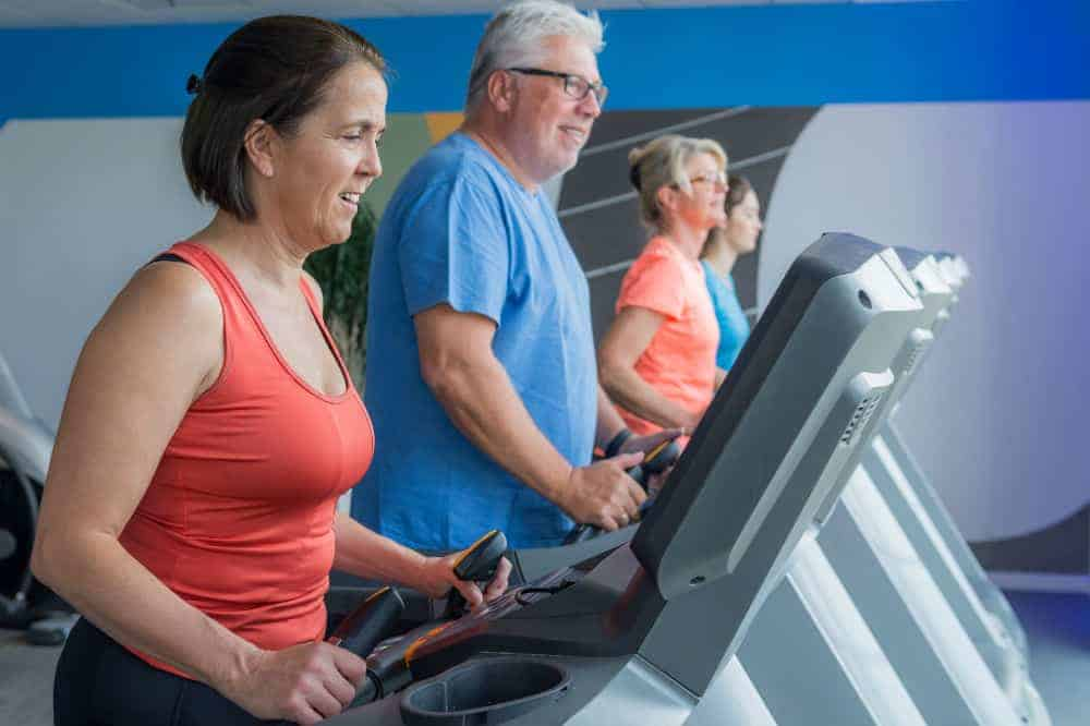How to Choose a Treadmill Workout for Seniors